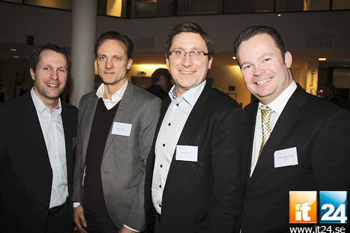 Trängd kvartett. Kenneth Danielson, Tech Data, Johnas Hartman, B2B, Daniel Scandurra, Ricoh, och Robert Wojciechowski, IT-Total.<br />